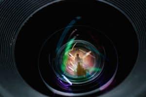 לחיות בשקט – מצלמות סמויות לבית