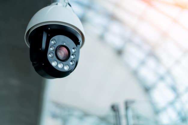 מצלמות אבטחה במוסדות ציבוריים